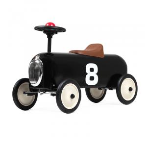 Baghera correndo macchina da corsa nera
