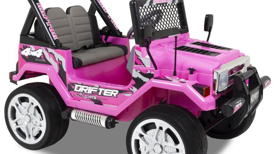 Installazione di auto elettrica per bambini